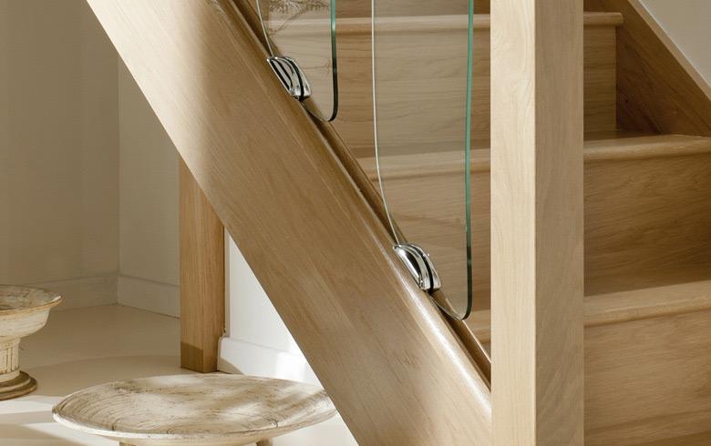 Staircase base rail